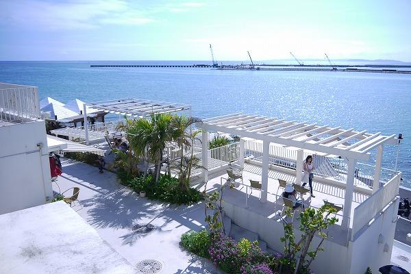 那覇空港から近い【瀬長島】は景色・グルメ・温泉を楽しめる観光スポット!
