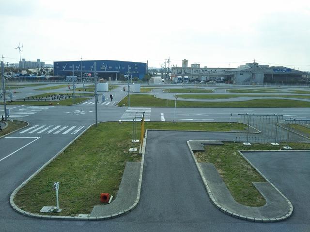 学科試験を受けに沖縄県警察運転免許センターへ路線バスで行ってみた