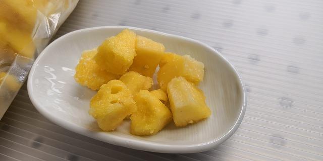 石垣島のパイナップルを冷凍でギュッ!お取り寄せで南国気分♪